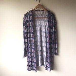 H&M chevron arrow lightweight sweater